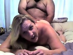Mom and dad make an amateur porn fuck..
