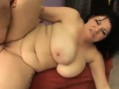 Thick brunette mom mature