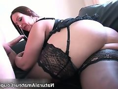 Sexy thick amateur girlfriend gets