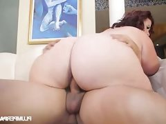 Bbw lady lynn offers a blowjob instead..