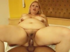 Blonde bbw takes french dick
