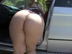 Amateur big ass carmen outdoor