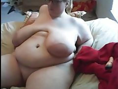 Ssbbw with enormous breast masturbates..
